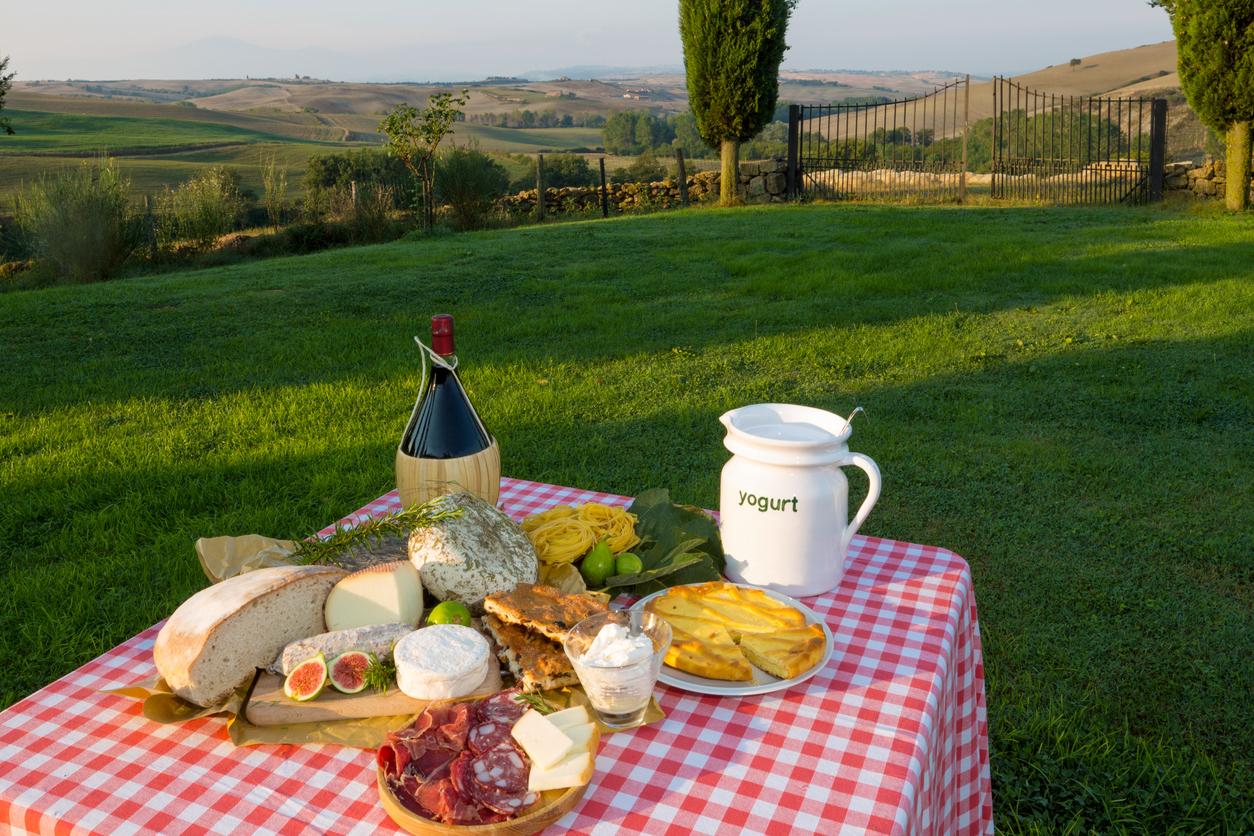 Tuscan Chianti wine