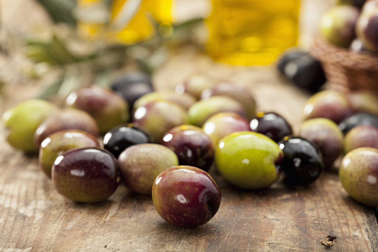 Green and black olives from Sicily
