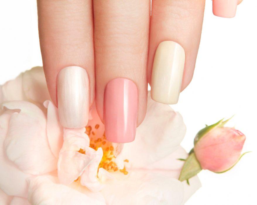 pastel manicured nails