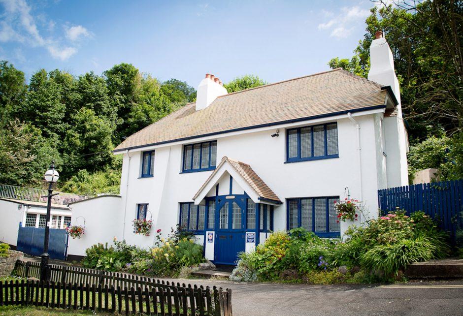 Beach Cottage - Babbacombe, Devon