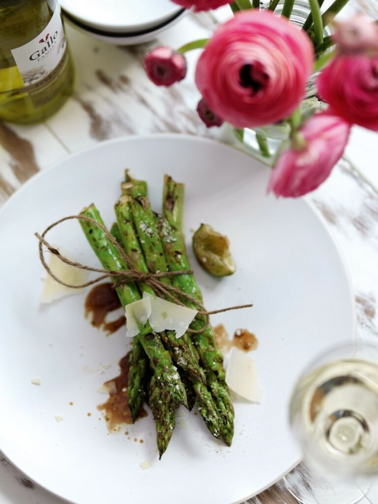Asparagus with Parmigianino & Lime - easy bbq ideas for dinner